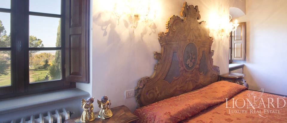 Period residence for sale in Tuscany Image 50