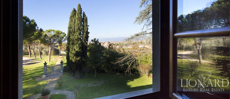 Period residence for sale in Tuscany Image 53