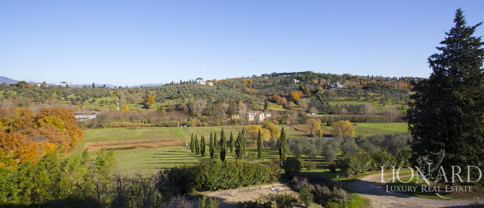 Period residence for sale in Tuscany Image 6