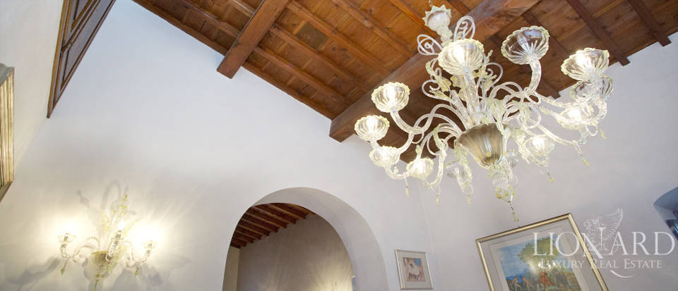 Period residence for sale in Tuscany Image 55