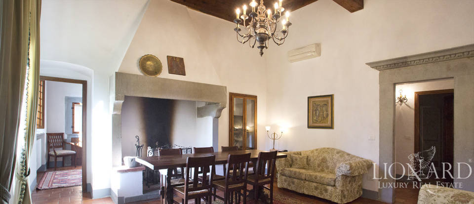 Period residence for sale in Tuscany Image 45