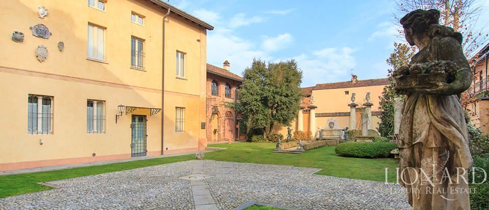 Historic homes for sale in Lombardy Image 4