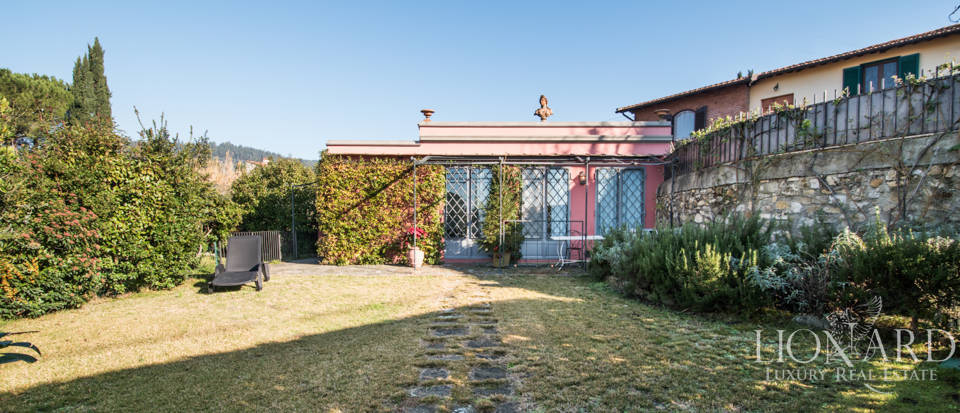 Villas for sale in Florence Image 8