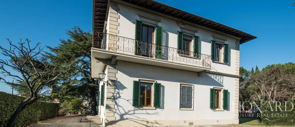 Villas for sale in Florence Image 3
