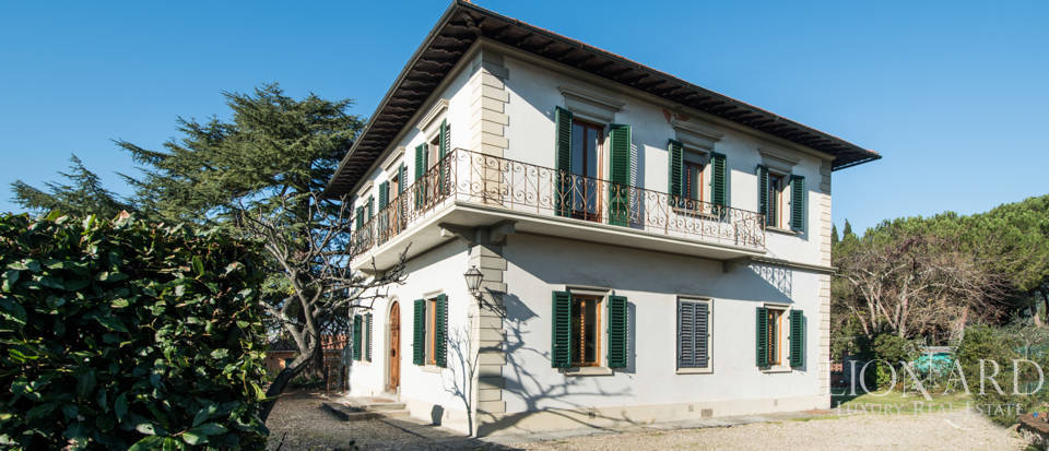 Villas for sale in Florence Image 1