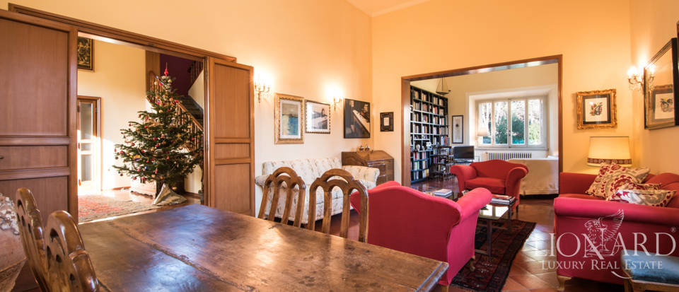 Villas for sale in Florence Image 16