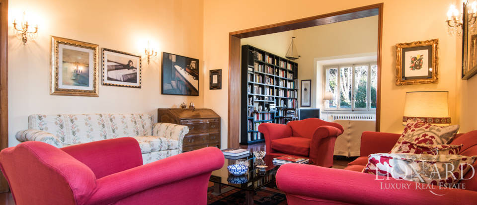 Villas for sale in Florence Image 17