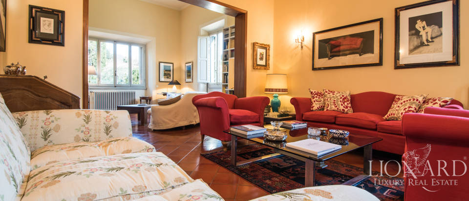 Villas for sale in Florence Image 19