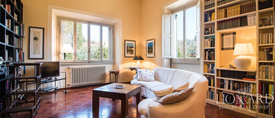 Villas for sale in Florence Image 23
