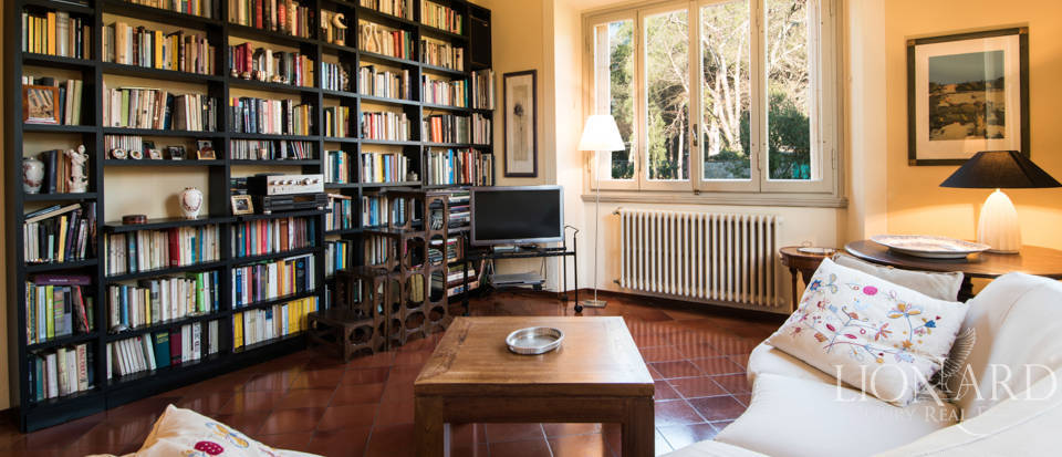 Villas for sale in Florence Image 25