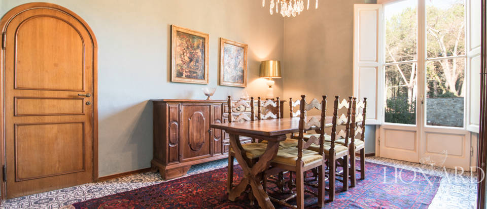 Villas for sale in Florence Image 27