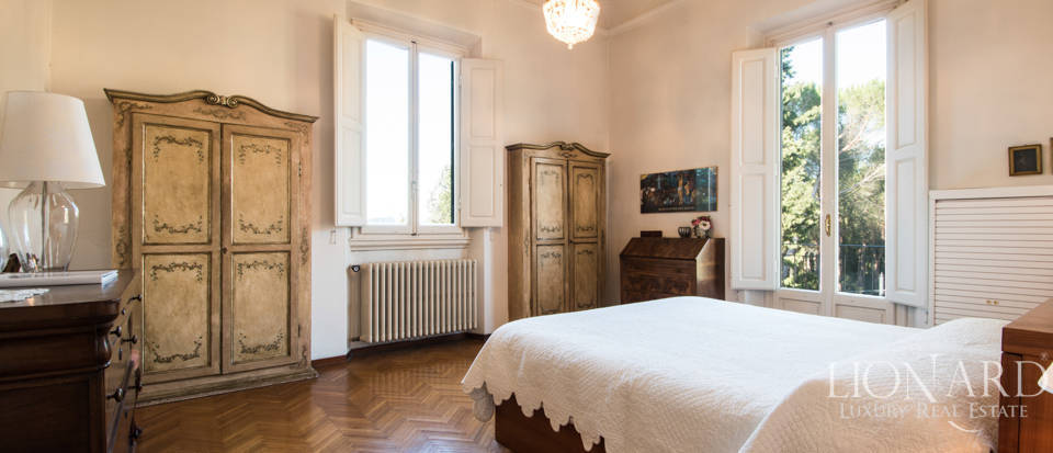 Villas for sale in Florence Image 34