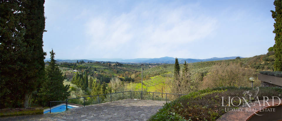 Villa for sale with view of Florence Image 7