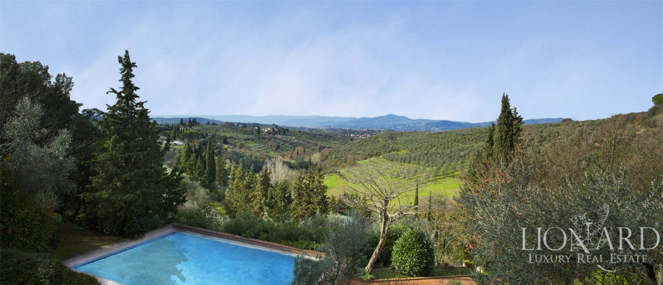 Villa for sale with view of Florence Image 8