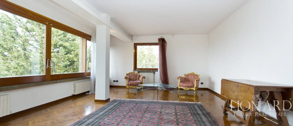 Villa for sale with view of Florence Image 25