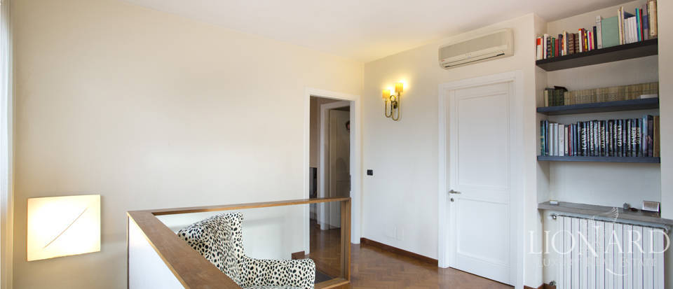 Villa for sale with view of Florence Image 33