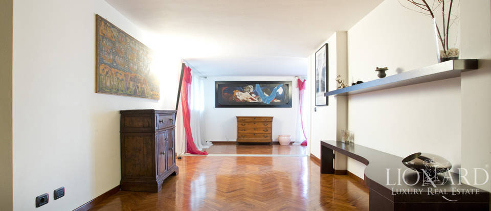Villa for sale with view of Florence Image 44