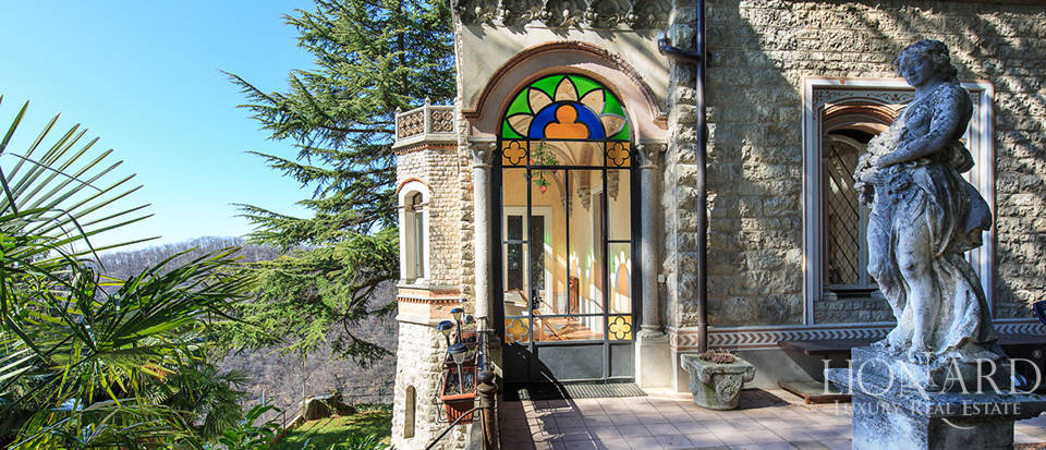 Luxury villa for sale in Varese Image 15