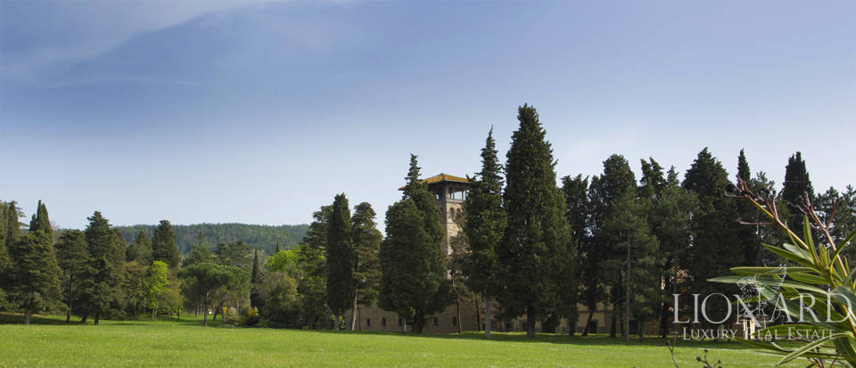 Luxury villa for sale in the hills of Florence Image 17