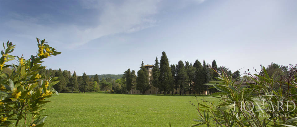 Luxury villa for sale in the hills of Florence Image 18