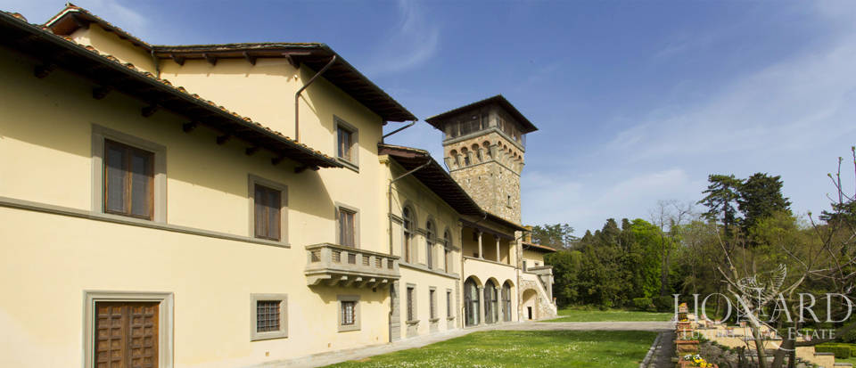 Luxury villa for sale in the hills of Florence Image 21