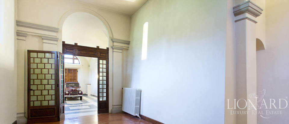 Luxury villa for sale in the hills of Florence Image 30