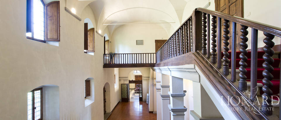 Luxury villa for sale in the hills of Florence Image 33