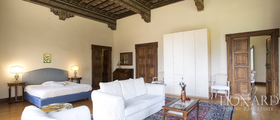 Luxury villa for sale in the hills of Florence Image 44