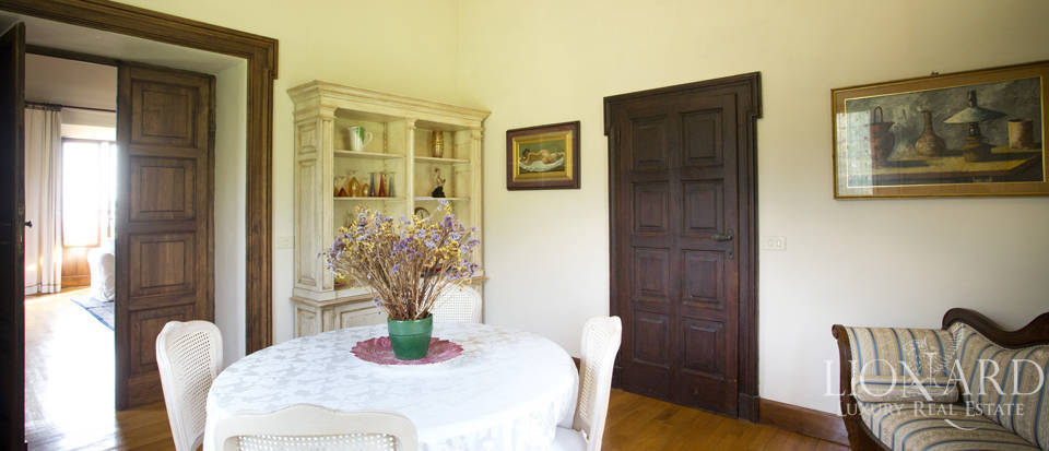 Luxury villa for sale in the hills of Florence Image 46