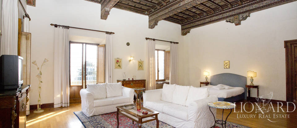 Luxury villa for sale in the hills of Florence Image 47