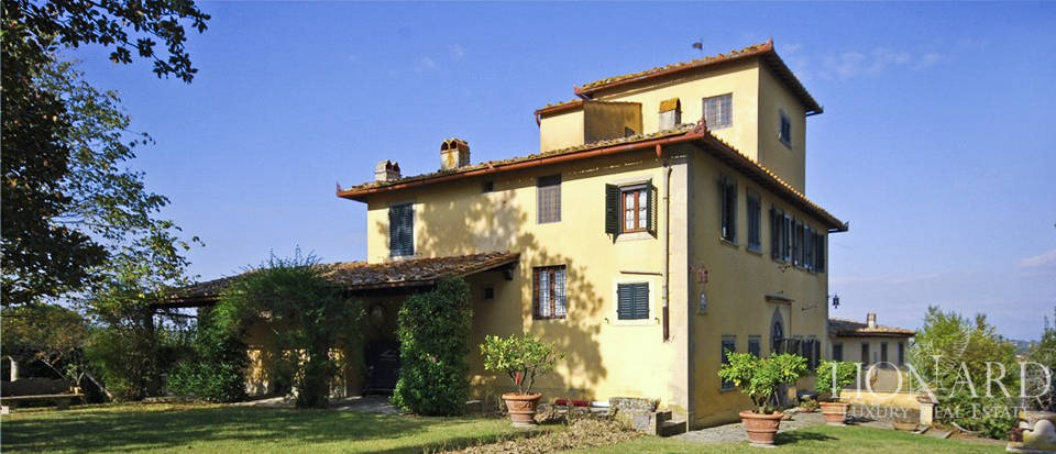 Luxury home with vineyard in Florence Image 1