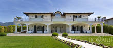 magnificent villa with swimming pool in forte dei marmi