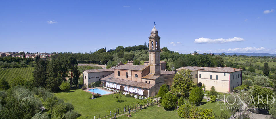 Magnificent lyxhotell till salu i Siena Image 1
