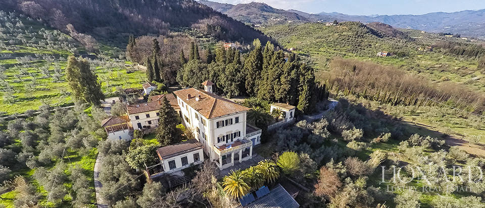 prestigious complex for sale in pistoia