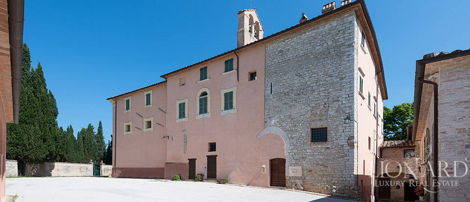 Luxury villa for sale in Perugia Image 11