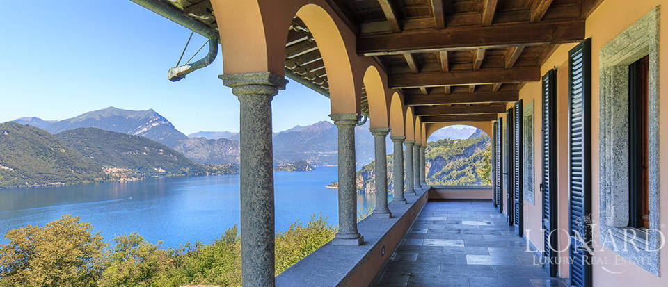 Magnificent luxury villa for sale by Lake Como Image 22