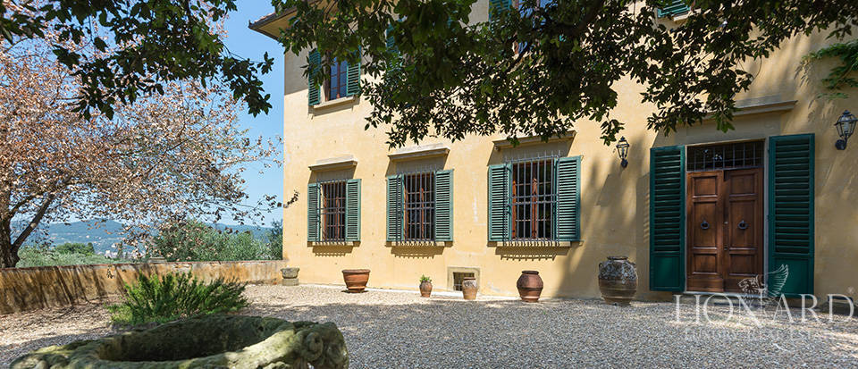 Gorgeous property for sale in Florence Image 17
