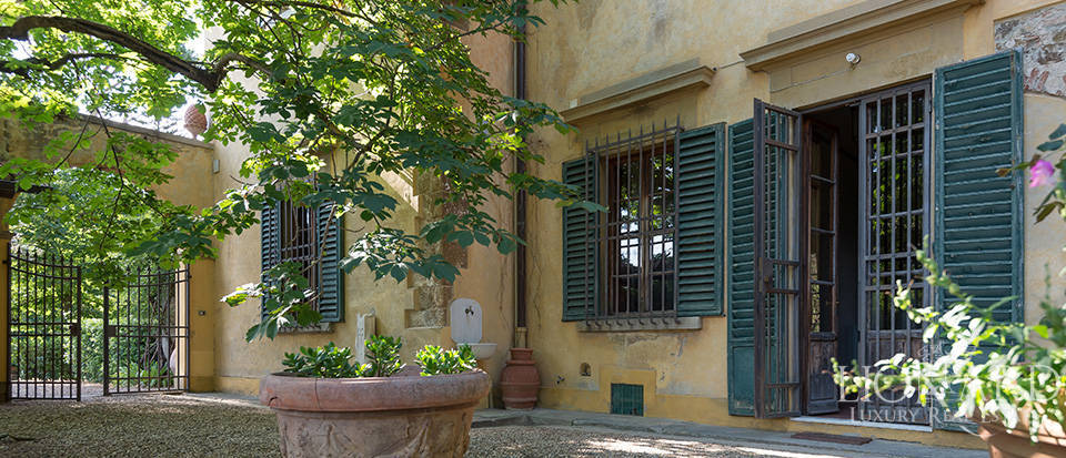 Gorgeous property for sale in Florence Image 23