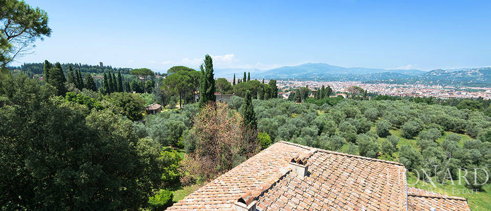 Gorgeous property for sale in Florence Image 69