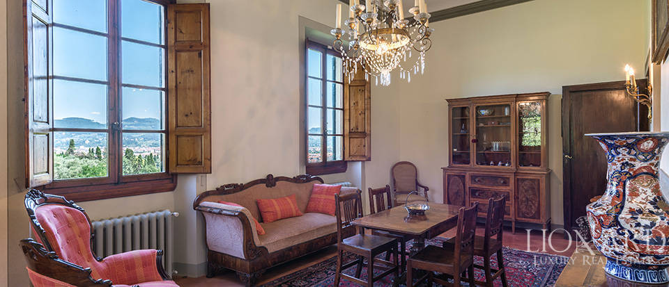 Gorgeous property for sale in Florence Image 29