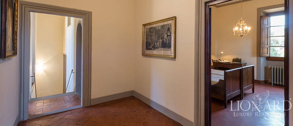 Gorgeous property for sale in Florence Image 50