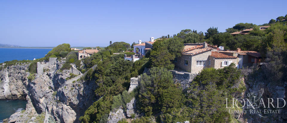 luxury villa on ansedonia cliffs