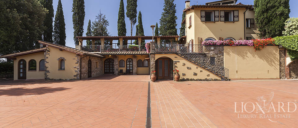 Exclusive villa for sale in Florence Image 5