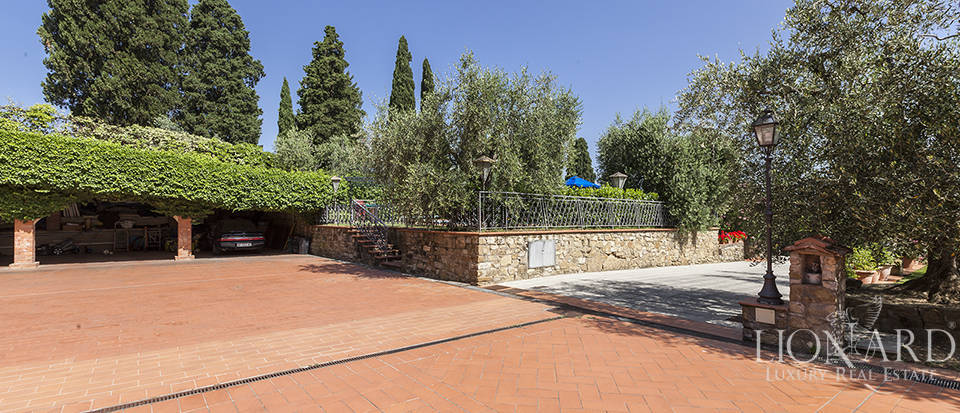 Exclusive villa for sale in Florence Image 7