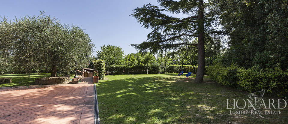 Exclusive villa for sale in Florence Image 13