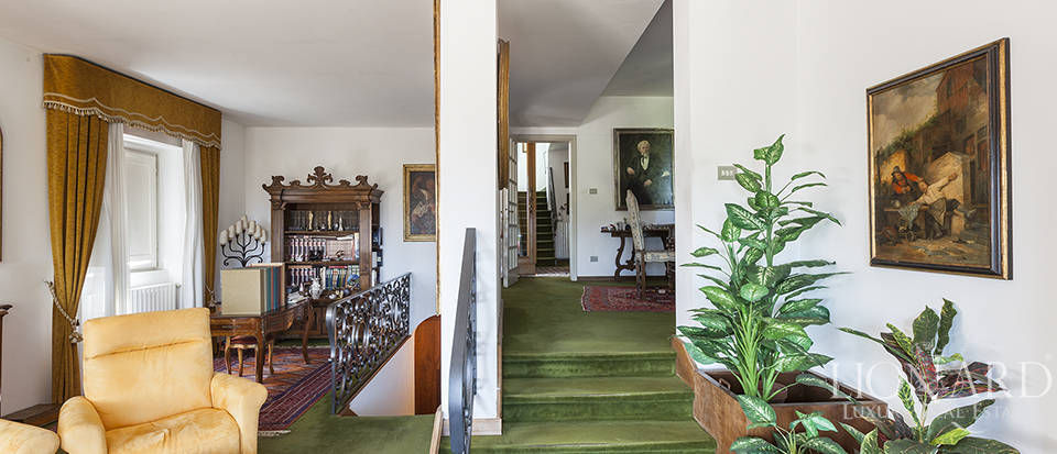 Exclusive villa for sale in Florence Image 22