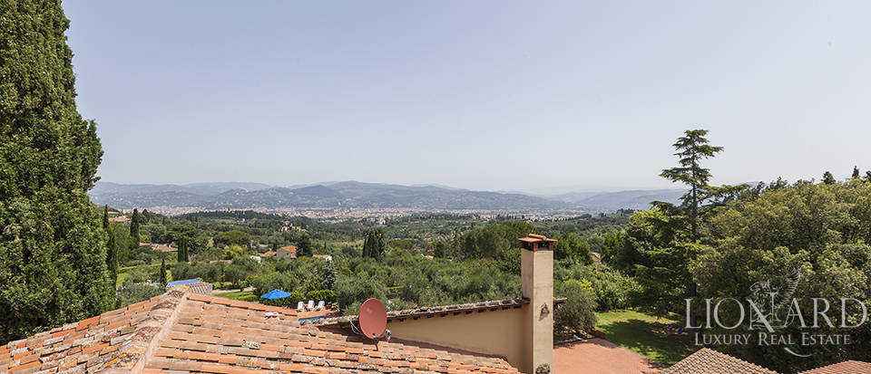 Exclusive villa for sale in Florence Image 38