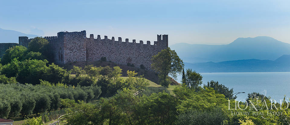 Apartment for sale in an ancient castle on Lake Garda Image 1