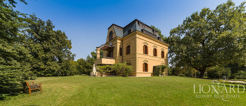 Magnificent luxury property for sale in Friuli Image 1