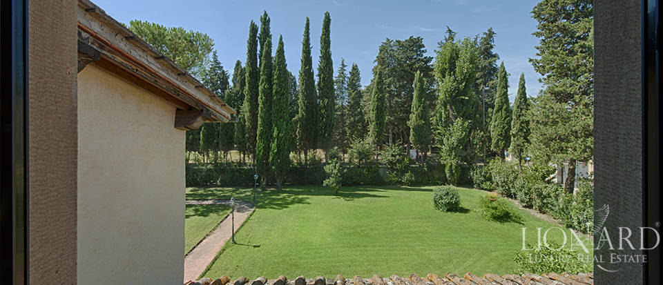Luxury villa for sale in the heart of Tuscany Image 50